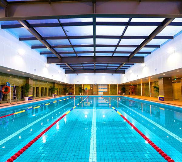 杭州减肥训练营游泳池